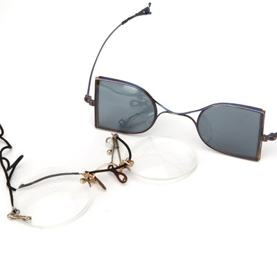 Lot 42-A Pair of Early 19th Century Double-Sided Railway Sunglasses & Pince-nez