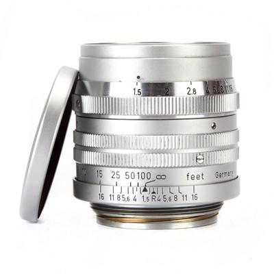 Lot 15 - A Leitz Summarit f/1.5 50mm Lens