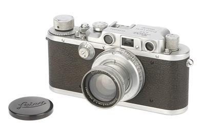 Lot 12 - A Leica IIIb Rangefinder Camera