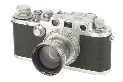 Lot 15 - A Leica IIIc Rangefinder Camera