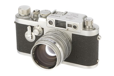 Lot 21 - A Leica IIIg Rangefinder Camera