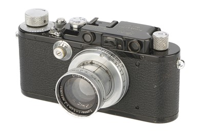 Lot 4 - A Leica II Model D Rangefinder Camera