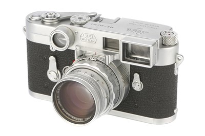 Lot 45-A Leica M3 DS Rangefinder Camera