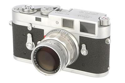 Lot 46 - A Leica M2 'Attrappe' Rangefinder Camera