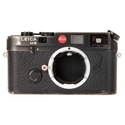Lot 22 - A Leica M6 Rangefinder Body