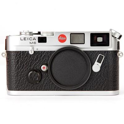 Lot 23 - A Leica M6 Rangefinder Body