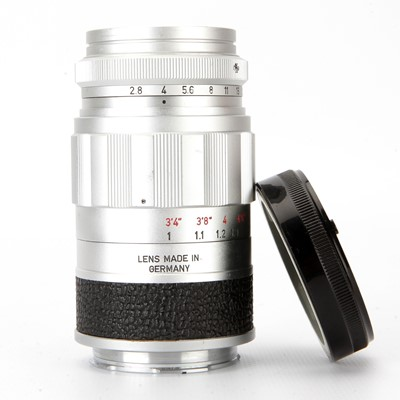 Lot 24 - A Leitz Elmarit f/2.8 90mm Lens
