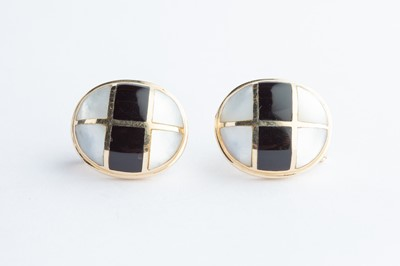 Lot 10 - A Pair of 14ct Yellow Gold Mother of Pearl & Black Onxy Earrings