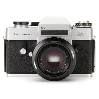 Lot 30 - A Leica Leicaflex SL SLR Camera