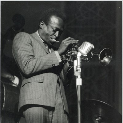 Lot 48 - DAVID REDFERN, Miles Davis