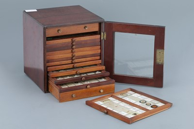 Lot 41 - Microscope SlideCabinet & Slide Collection