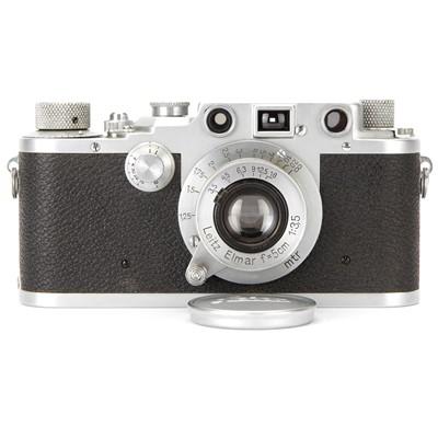 Lot 4 - A Leica IIIc Rangefinder Camera