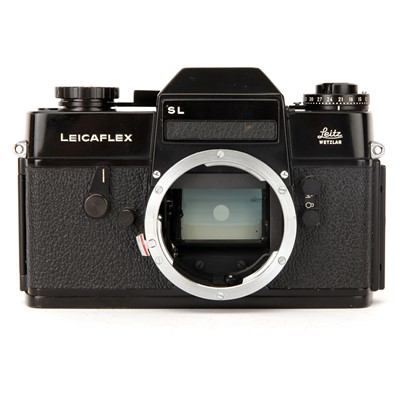 Lot 42 - A Leica Leicaflex SL SLR Body