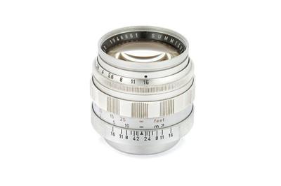 Lot 20 - A Leitz Summilux f/1.4 50mm Lens