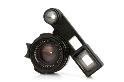 Lot 47 - A Leitz Summilux f/1.4 35mm Lens
