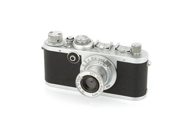 Lot 10 - A Leica If Red Dial Camera