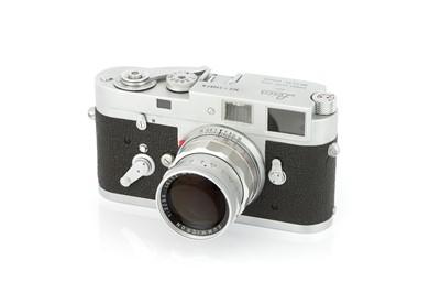 Lot 31 - A Leica M2 'Attrappe' Rangefinder Camera
