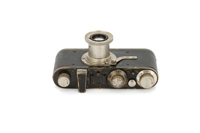 Lot 1 - A Leica I Model A Elmax Camera