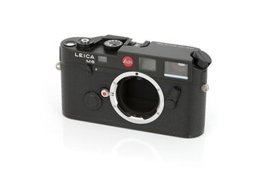 Lot 41 - A Leica M6 Rangefinder Body