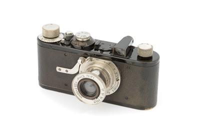 Lot 4B - A Leica Ia Close Focus Camera