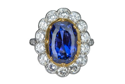 Lot 97 - A magnificent sapphire and diamond cluster ring
