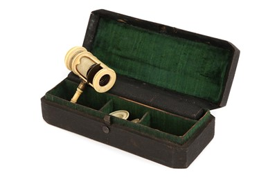 Lot 10 - An Ivory Wilson Screwbarrel Microscope