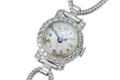 Lot 66 - A lady's early 20th century diamond cocktail watch.