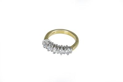 Lot 22 - A five stone diamond ring