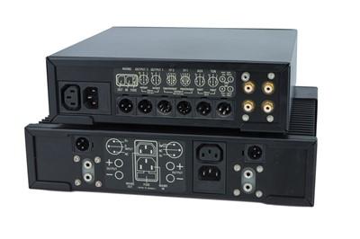 Lot 29 - Linn LK1 Pre Amp & Linn LK2 Power Amp