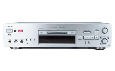 Lot 33 - Sony Atrac DSP TYPE-S Mini Disk Player / Recorder