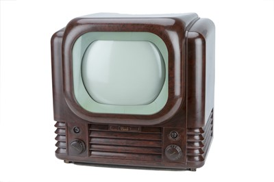 Lot 82 - A Bush Type 22 8in Television Set