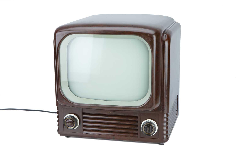 Lot 83 - Bush TV 62 12in Bakelite Television