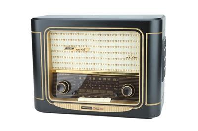 Lot 61 - A Grundig Anniversary Edition Radio