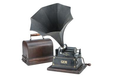 Lot 88 - An Edison GEM Phonograph