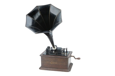 Lot 87 - Edison Standard Phonograph