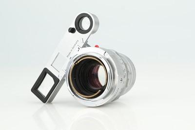 Lot 11 - A Leitz Summicron f/2 50mm Lens