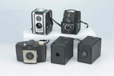 Lot 220 - A Selection of Box Type Cameras